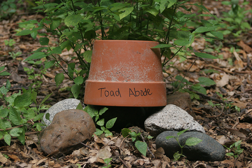 Diy toad abode houston arboretum nature center Make your own toad house
